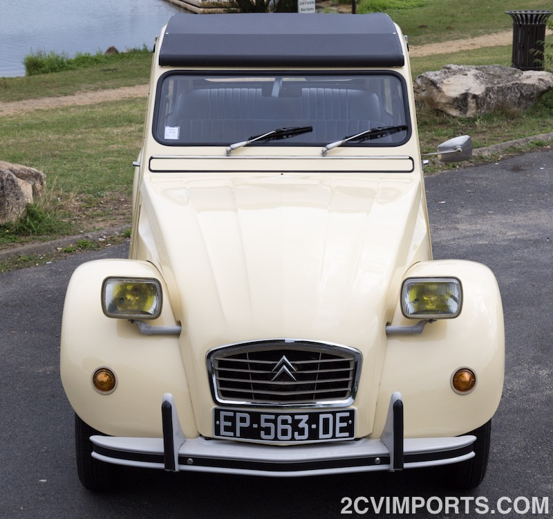 Fully-Restored Beige 2cv with Galvanized Chassis - Photo #7 - For Sale in the USA